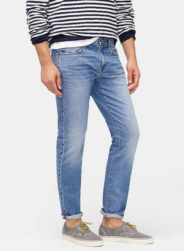 Light wash jeans with striped Breton shirt