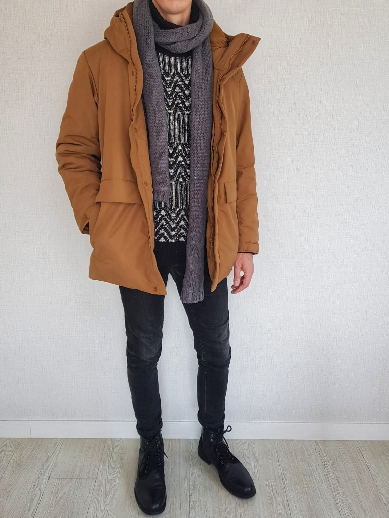Parka with jeans turtleneck scarf