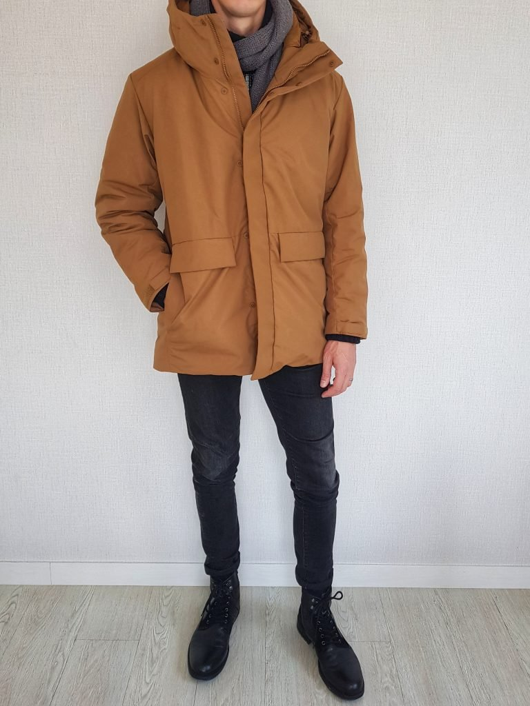 Parka with boots scarf